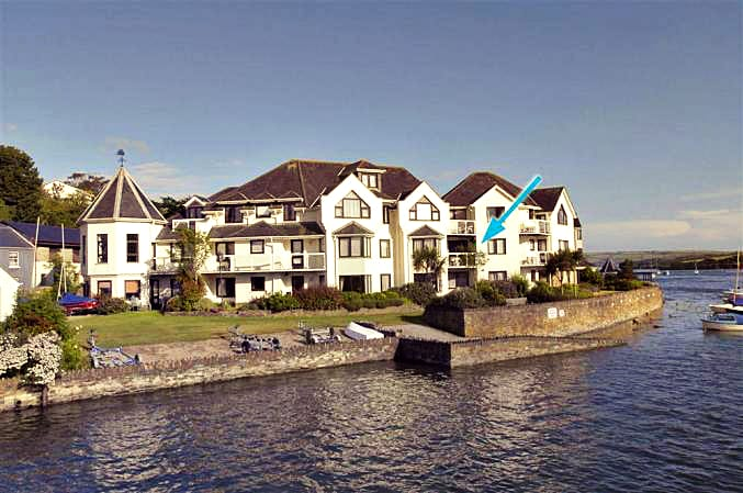 Click here for more about 7 The Moorings