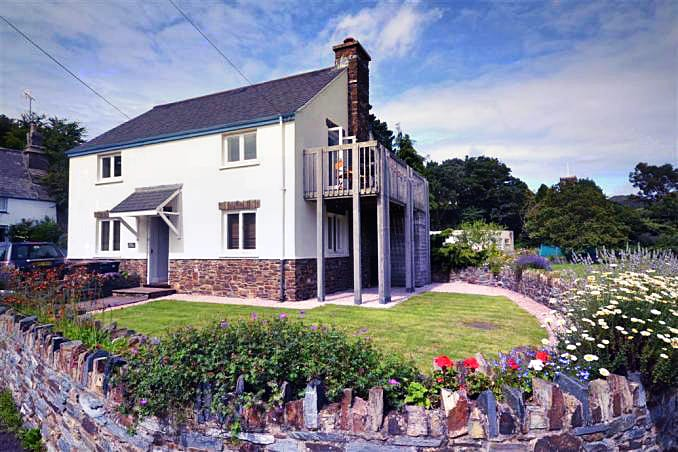 Click here for more about Pool Cottage