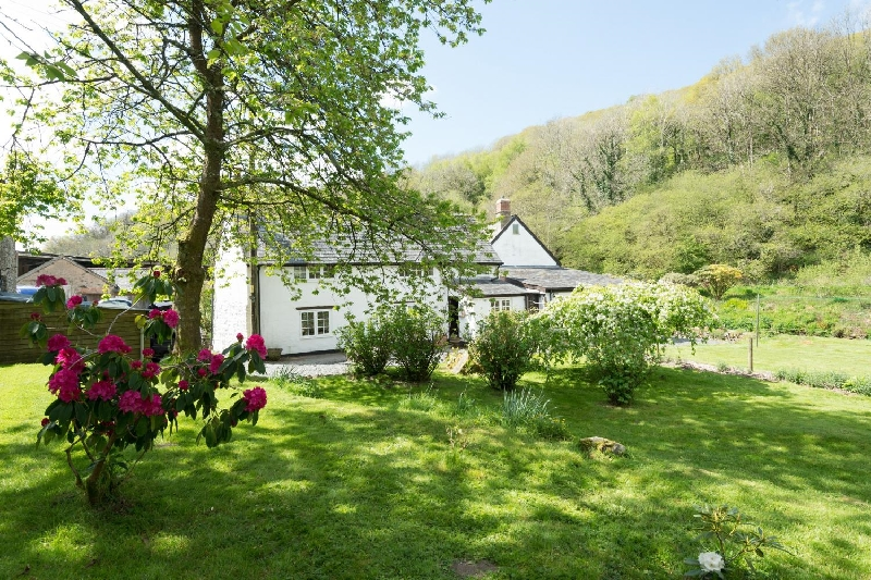 Click here for more about Bratton Mill Cottage