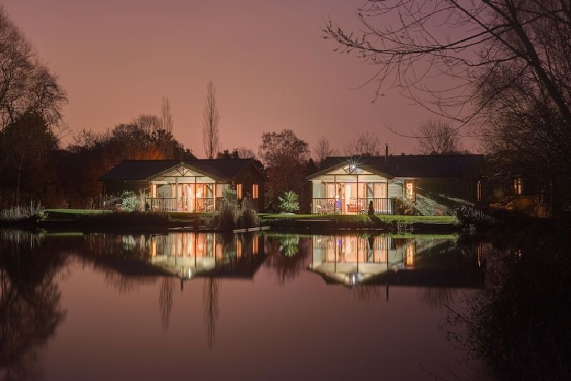 Click here for more about Heron Lodge - South View Lodges