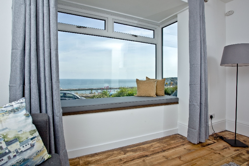 Click here for more about Lighthouse View