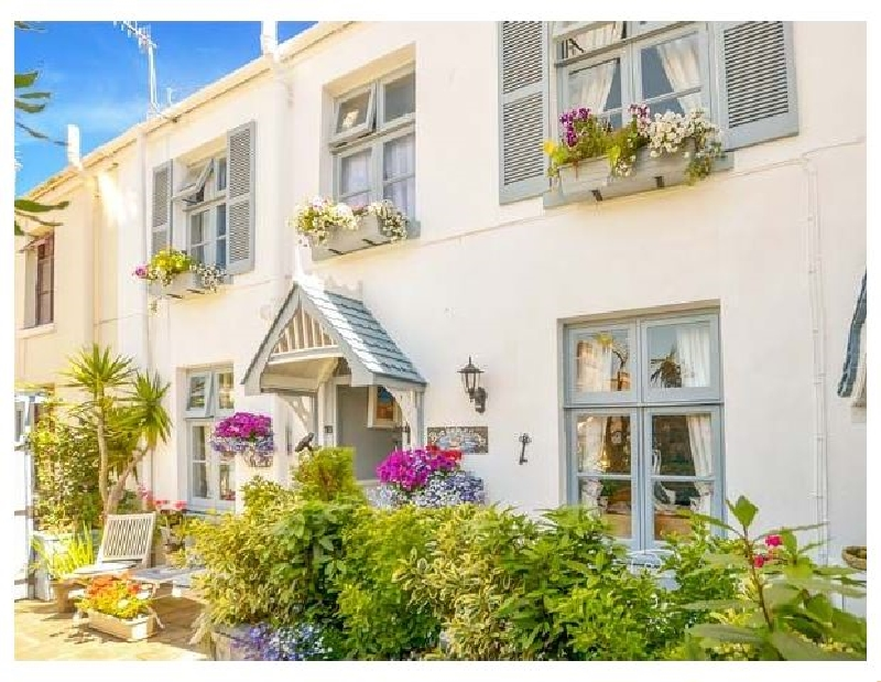 Click here for more about Blue Harbour Cottage