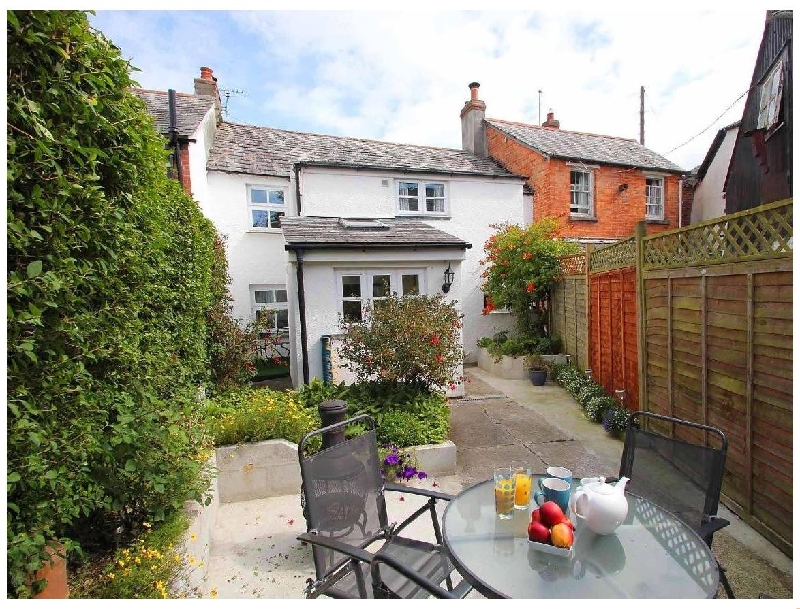 Click here for more about Fisherton Cottage