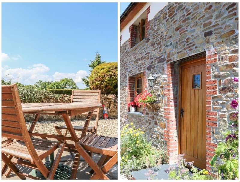 Click here for more about Lundy View Cottage