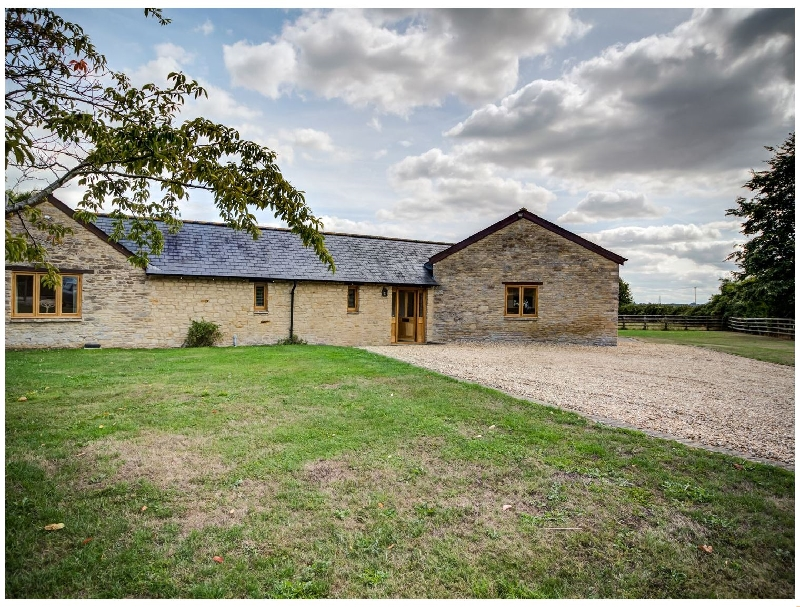 Click here for more about Lower Farm Barn