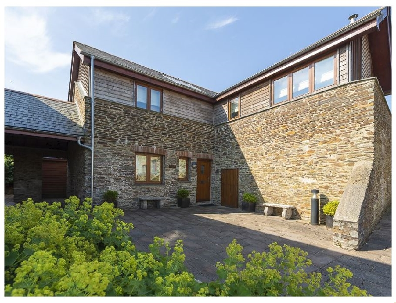 Click here for more about Courtyard Cottage