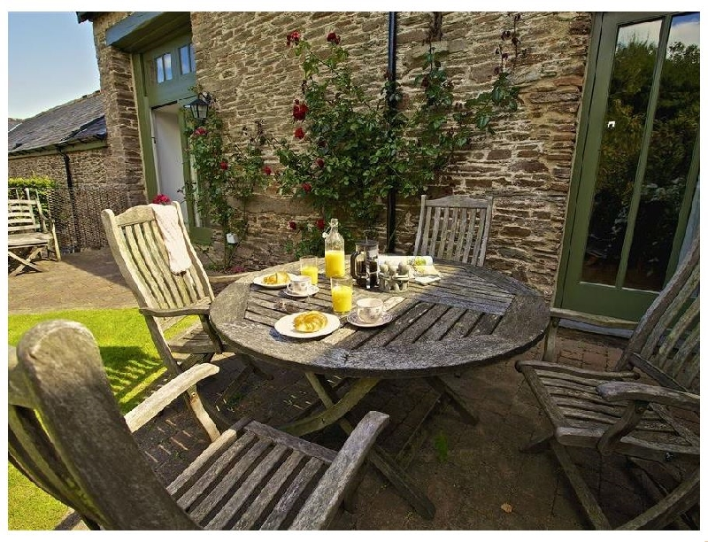 Click here for more about The Granary (Goveton)