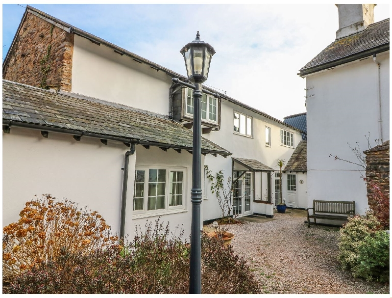 Click here for more about Bluebell Cottage