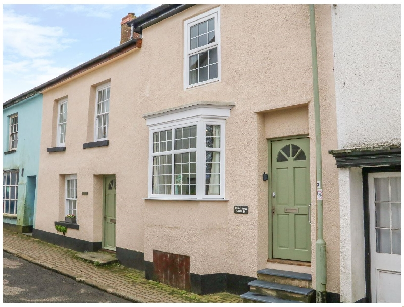 Click here for more about Cedarwood Cottage
