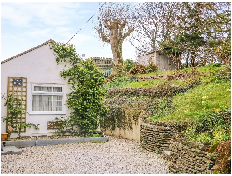 Click here for more about Daisy Chain Cottage