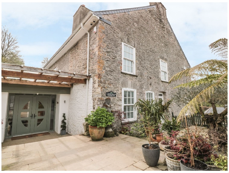 Click here for more about Lower Norton Farmhouse