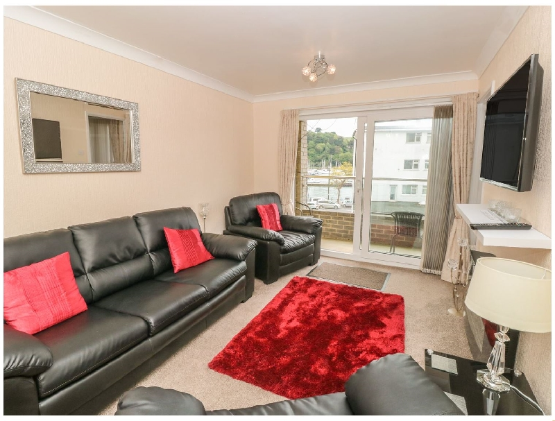 Click here for more about 5 Dartside Court