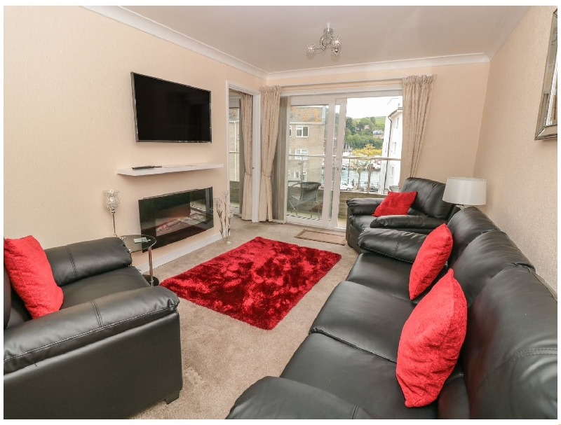 Click here for more about 6 Dartside Court