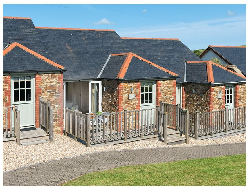 Click here for more about 5 Keeper's Cottage