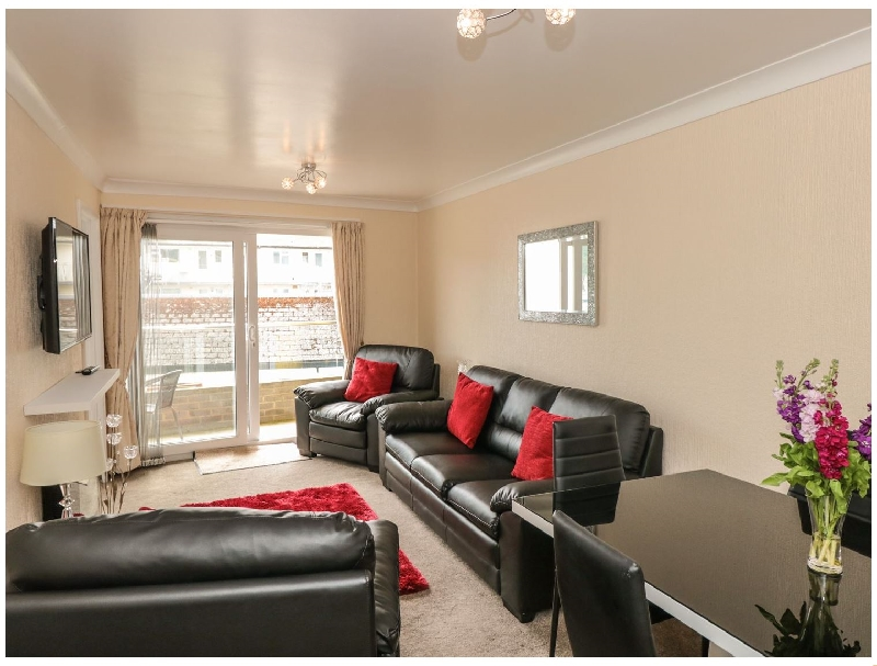 Click here for more about 7 Dartside Court