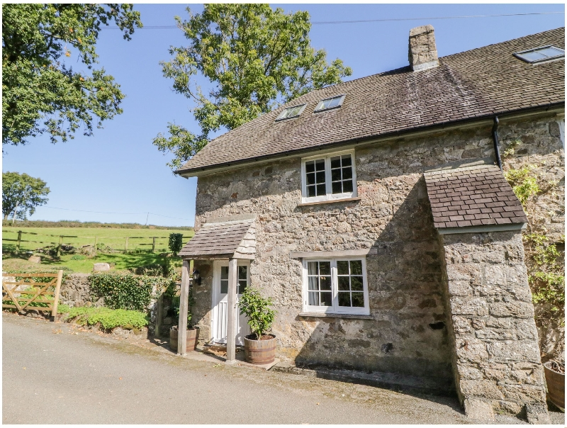 Click here for more about Spinsters Rock Cottage