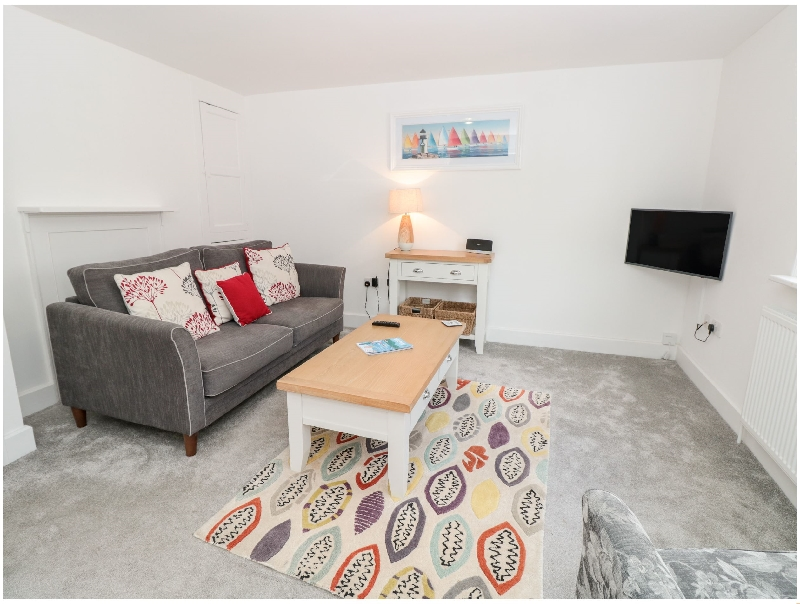 Click here for more about Apartment 2 @ 22 Foss Street
