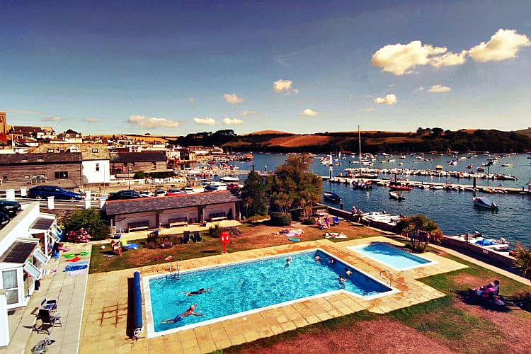 Click here for more about 2 The Salcombe
