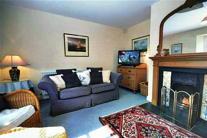 1 Homefield Cottages is located in Thurlestone