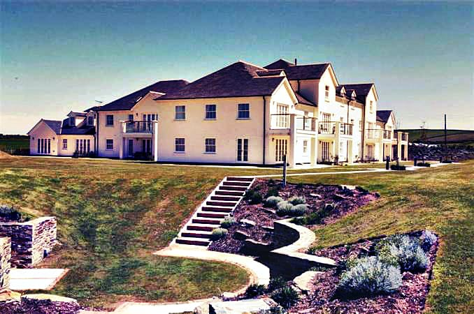 Click here for more about 1 Thurlestone Beach Apartments