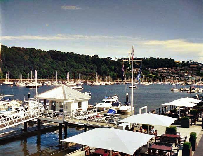 Details about a cottage Holiday at 2 Dart Marina