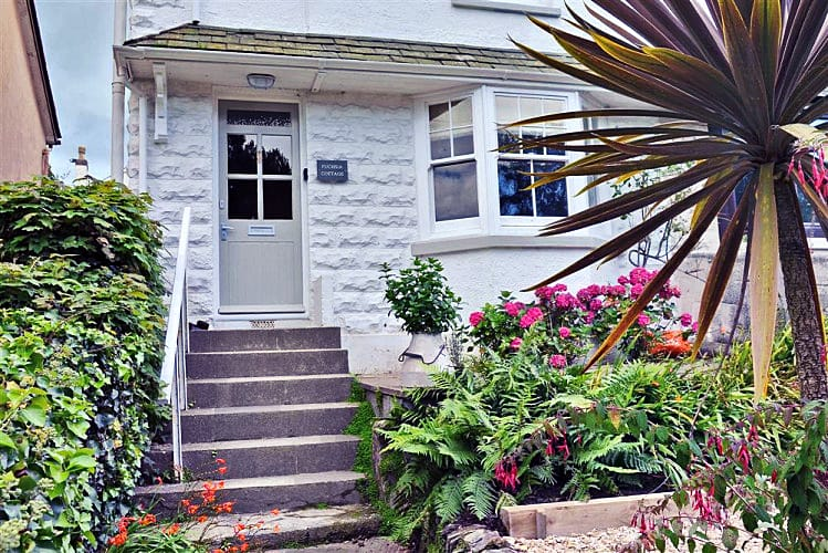 Click here for more about Fuchsia Cottage, Salcombe