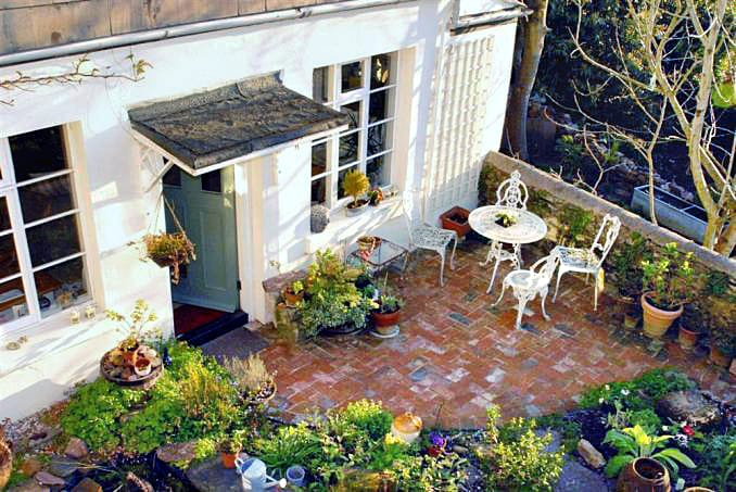 Details about a cottage Holiday at 4 Ramparts Walk