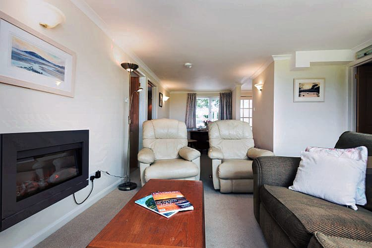 Click here for more about 4 Bantham Holiday Cottages