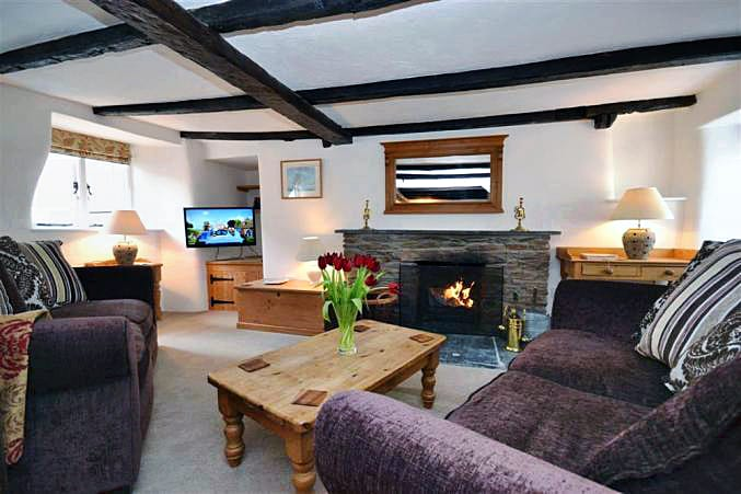 Bay Tree Cottage is located in Thurlestone