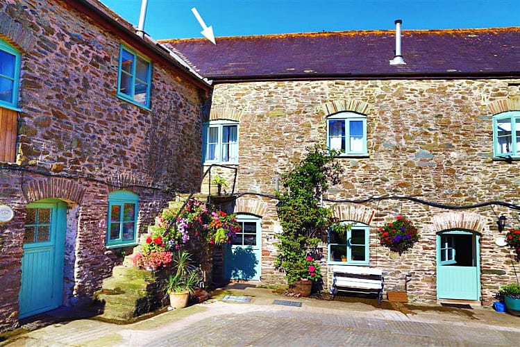Click here for more about Hawthorn Cottage