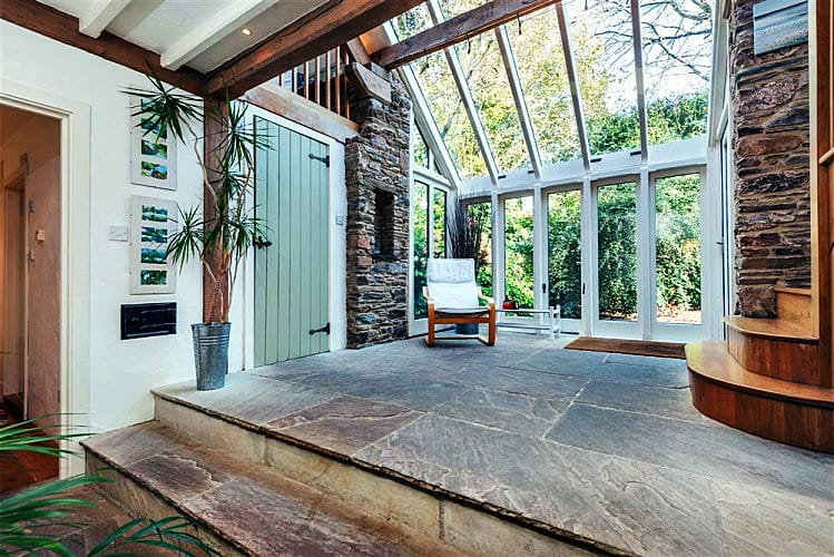 Click here for more about Preston House Barn