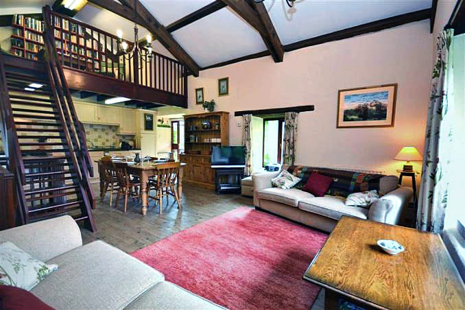 Pond Cottage is in East Allington, Devon
