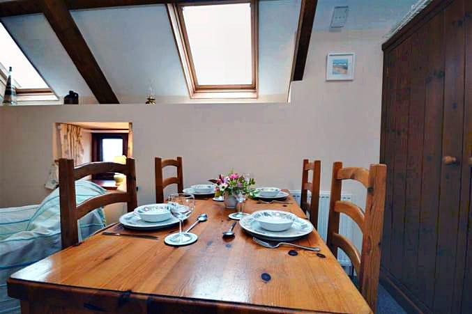 Higher Norton Farm, The Barn Holiday Cottage