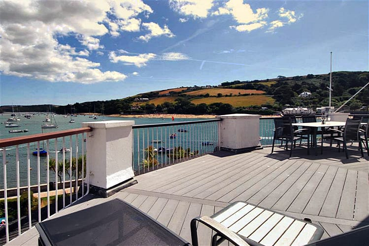 Click here for more about 21 The Salcombe (Quarterdeck)