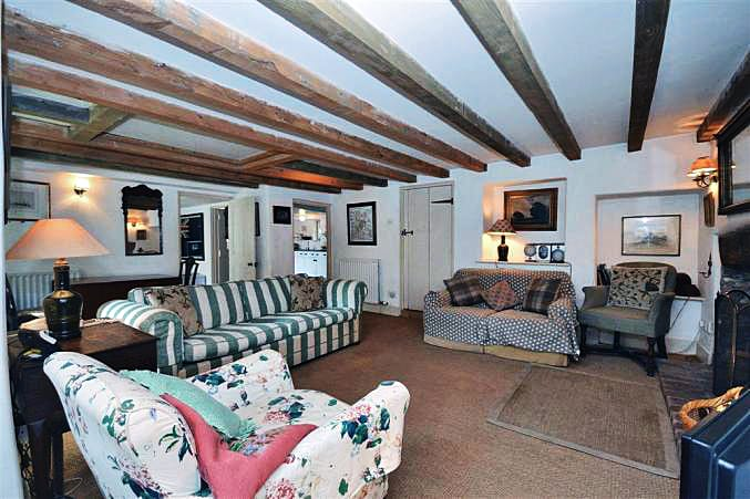 Lower Manor Farm Holiday Cottage