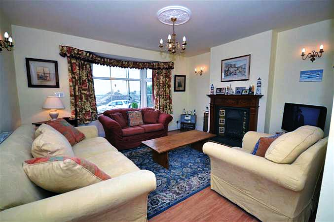 Marine Cottage is located in Salcombe