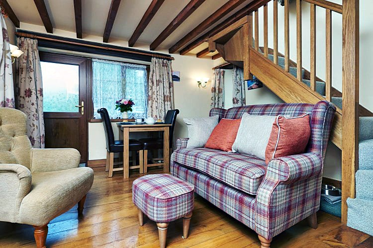 Click here for more about Owlacombe Cottage