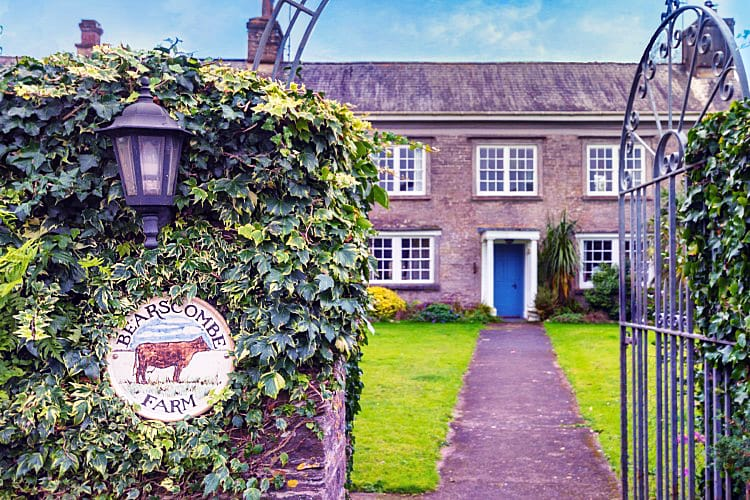 Click here for more about Bearscombe Farm West Wing