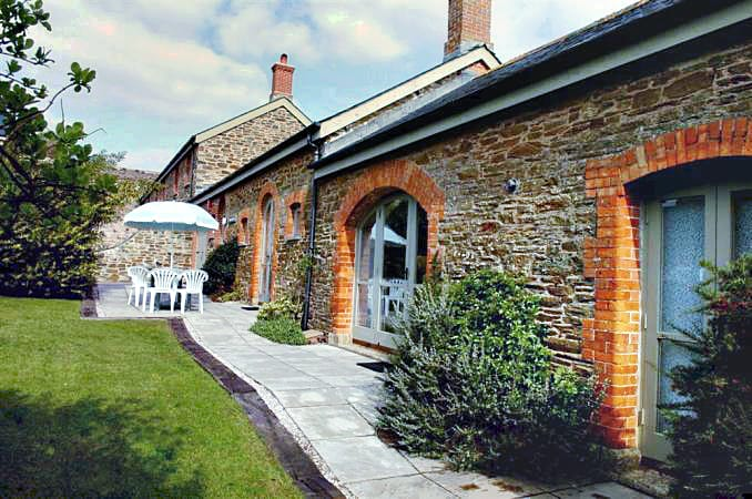 Stable Cottage is located in Thurlestone